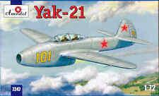 1/72 Yakovlev Yak-21 Soviet jet fighter   Amodel 7247 Plastic Model kit