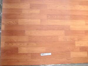 6566-PVC-CV-Belag-Rest-499x180-Boden-Bodenbelag-robust-kirsche-roetl-Holz-Dekor