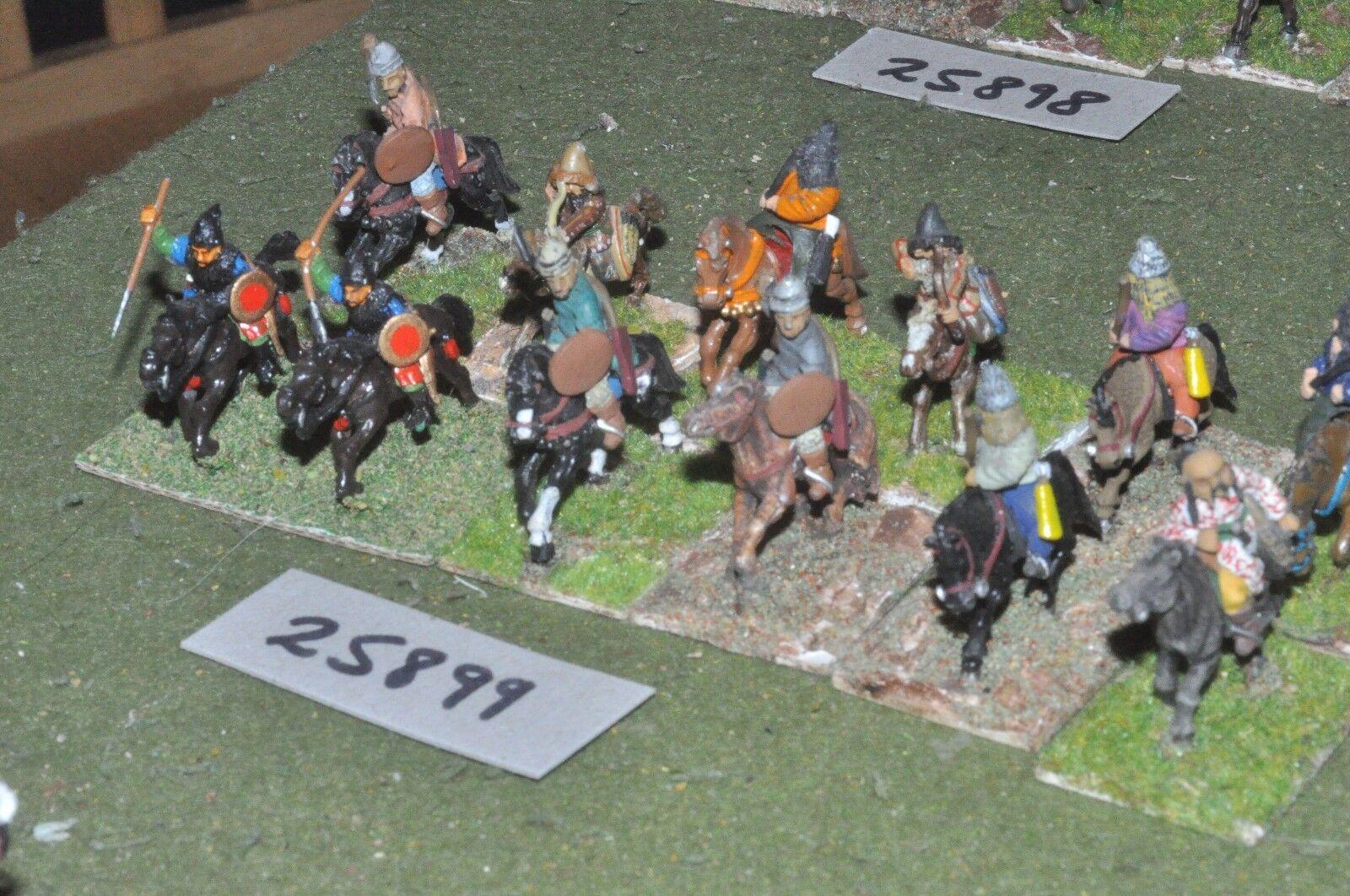 25mm medieval   turk - light 12 figures - cav (25899)