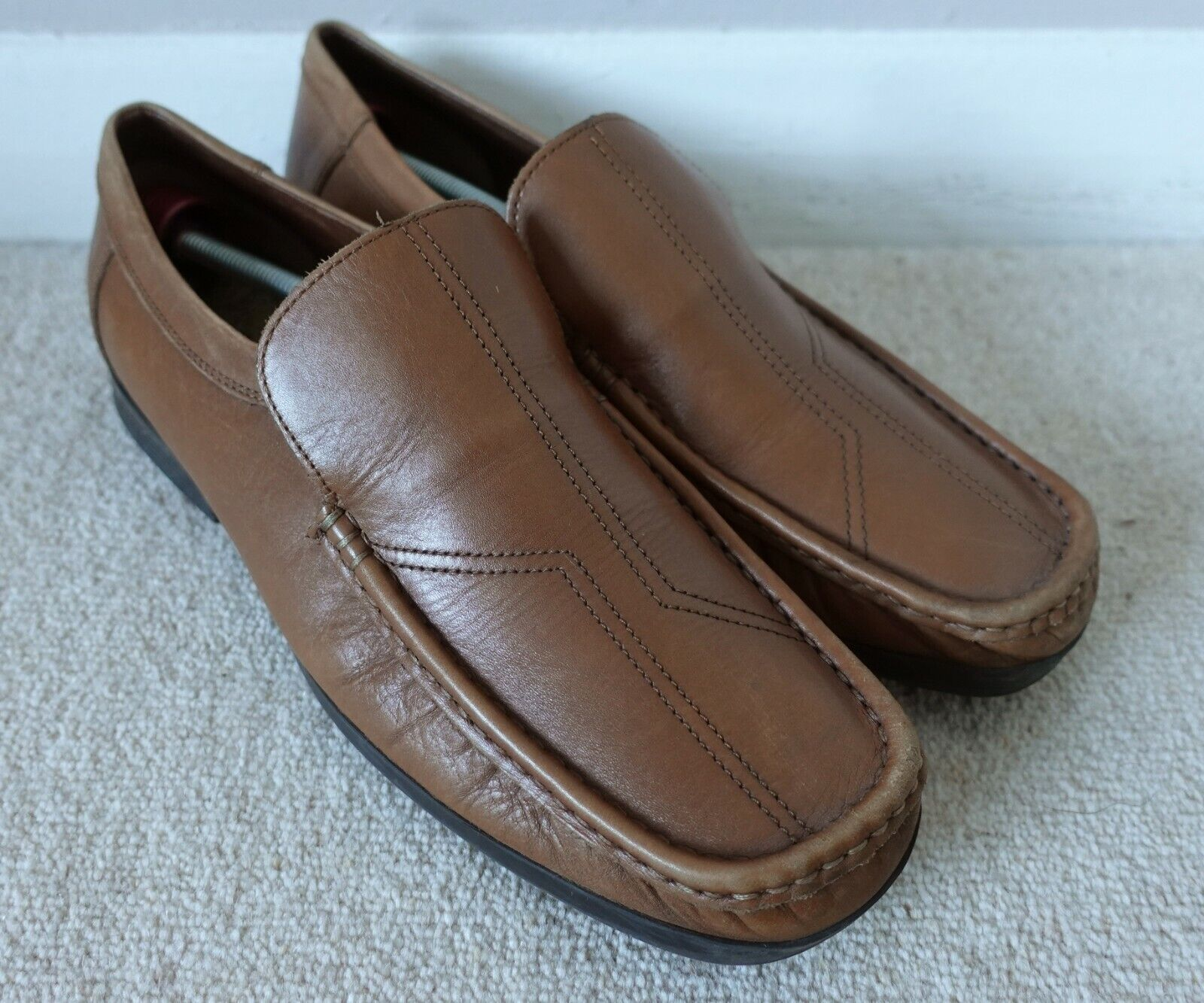 Clarks Slip On Loafers. Brown Leather. Hardly Worn, Excellent Condition.