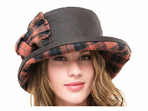 eb48b5e65b4 Ladies Waxed Cotton Waterproof Winter Cloche Hat With Tweed Bow and ...