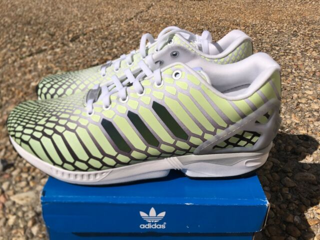 newest 50a37 56baa NEW Adidas ZX Flux XENO Snake Men's Shoes White Green 3M Reflective Glow  AQ4535