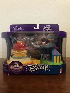 UNUSED-Disney-s-Magic-Kingdom-Magical-Miniatures-Dumbo-The-Flying-Elephant-Polly