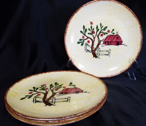 Vtg-Blue-Ridge-Southern-Potteries-Red-Barn-9-1-2-inch-Plates-Set-of-4-1940s