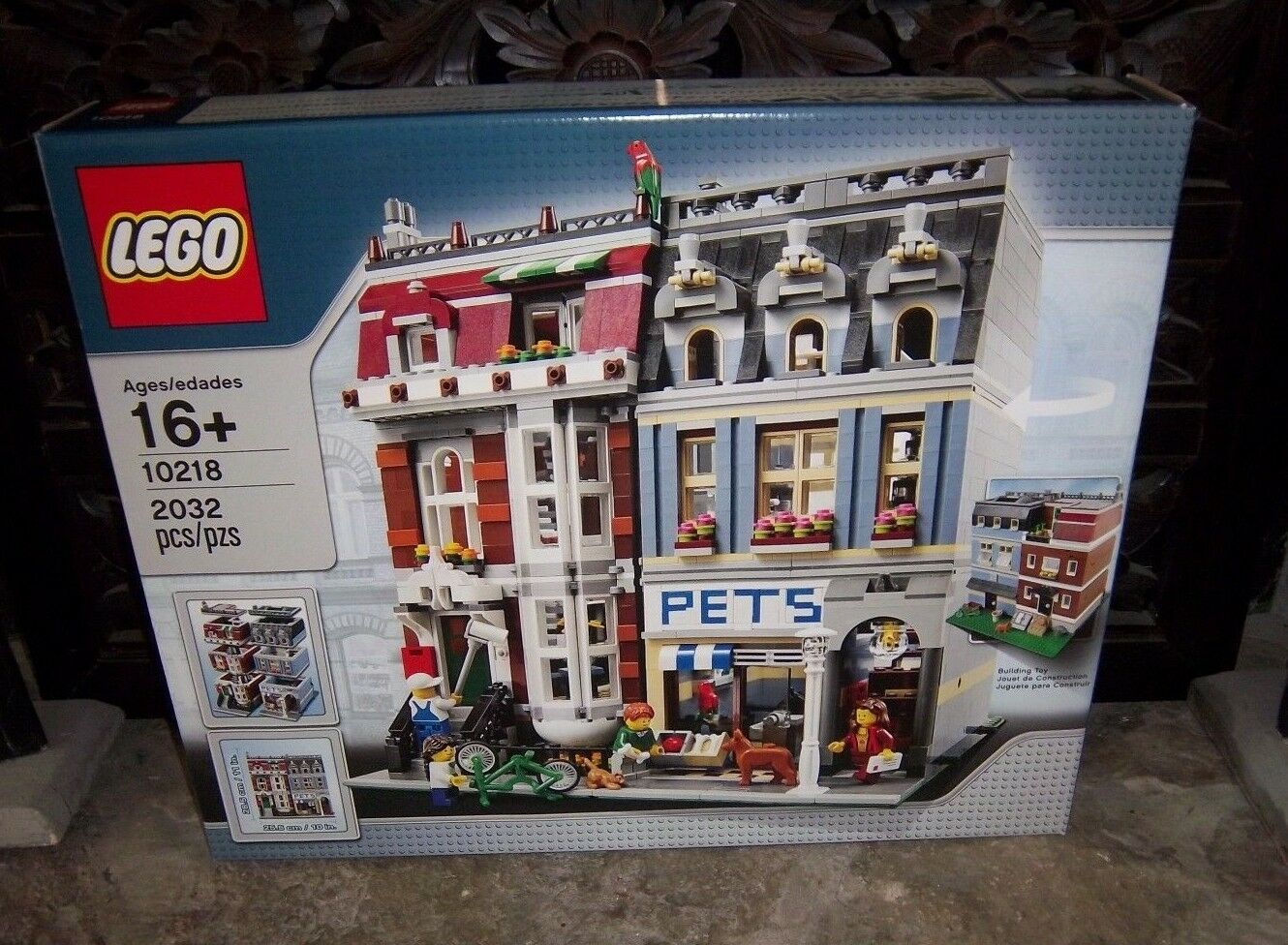 LEGO CREATOR 10218 PET SHOP nouveau IN BOX -  SEALED  - RETIrouge SET  pour la vente en gros