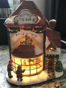 Old-Fashioned-Christmas-Ceramic-Lighted-House-Interior-Scene-Penny-039-s-Toy-Shop