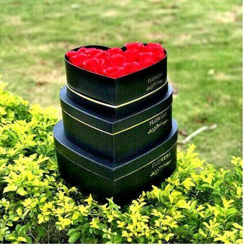 Haute Qualité 3 X Coeur ❤ forme de luxe nouveau style Fleuriste Chapeau boîtes boîtes-cadeaux