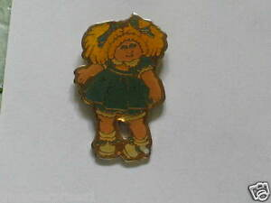 Cabbage-Patch-Doll-in-Blue-Dress-Vintage-Pin