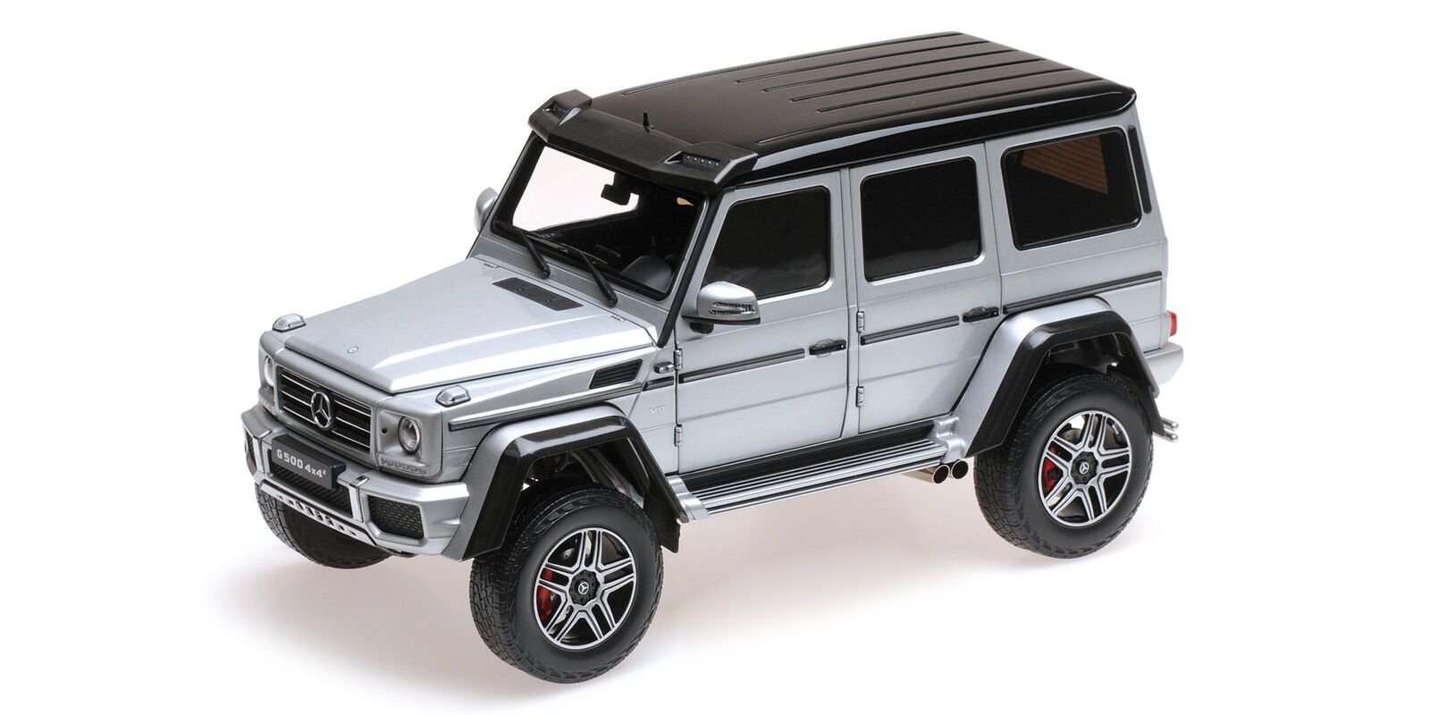 Almost Real Mercedes-Benz g500 4x4 ARGENTO 1:18