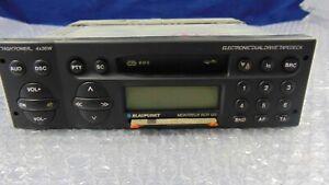 AUTORADIO-VINTAGE-AM-FM-A-CASSETTE-BLAUPUNKT-MODELLO-MONTREUX-RCR-127-4X35W