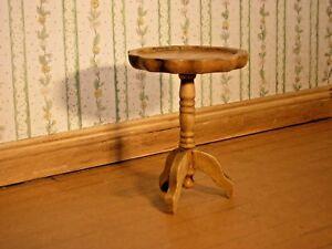 AgréAble 1/12th Dollshouse Miniature Main Teinté Et Poli Côté, Vin Ou Lampe De Table-afficher Le Titre D'origine