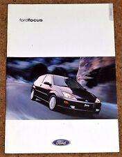 2000 FORD FOCUS Sales Brochure featuring Colin McRae WRC - CL Zetec LX Ghia