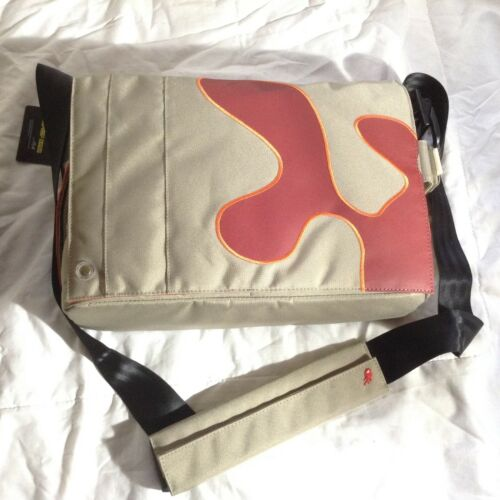 9e8c6aa79da3 3 of 9 Funky laptop messenger bag iMac Microsoft Samsung designed in  Belgium bnwt