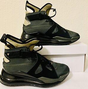 Nike Womens Jordan Air Latitude 720