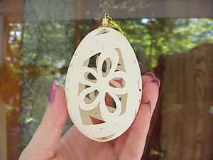 REAL-GOOSE-EGG-Hand-Carved-Christmas-Easter-Tree-Ornament-Decoration-Gift-Daisy