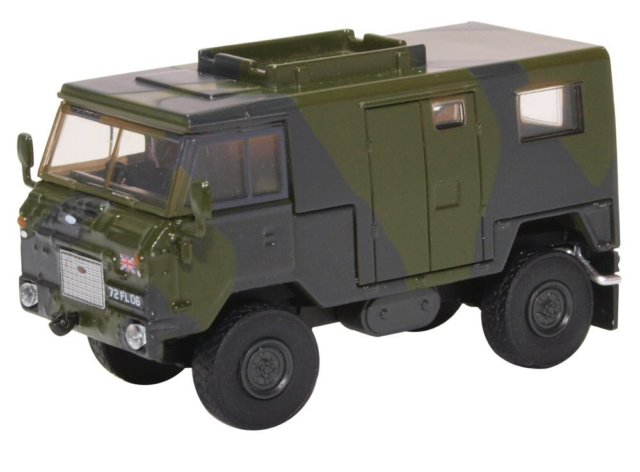 Oxford 76LRFCS001 Land Rover FC Signals Nato Green Camouflage 1:76 Scale
