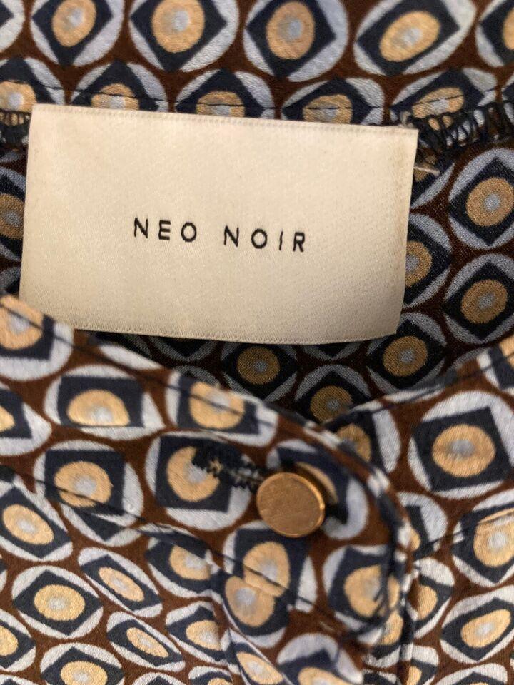 Sommerkjole, Neo Noir og Selected, str. L