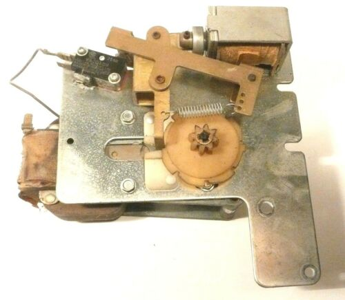 WORKING REED SWITCH ROWE JUKEBOXES  with a 1200 MECHANISM part