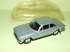 PEUGEOT 504 COUPE V6 Gris Neuf SOLIDO sous Coque
