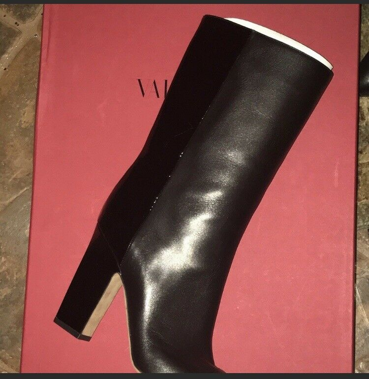 Valentino MidCalf Leather & Patent BLK Boots sz 39