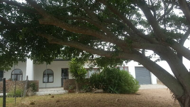 House to rent in beautiful Swartriet, Jacobsbaai