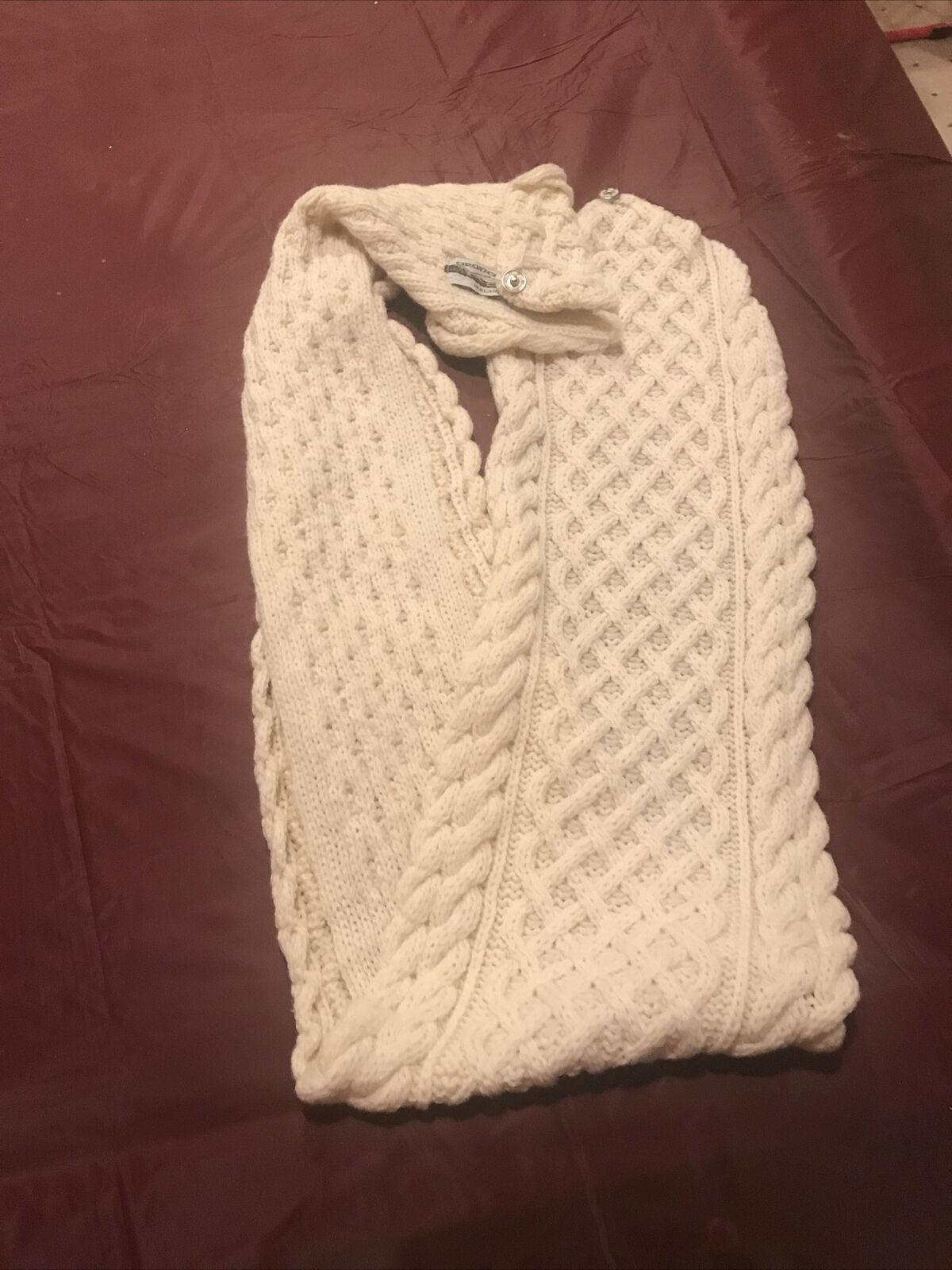 Aran Crafts scarf   100% Merino Wool Scarf Made in Ireland   Color: Cream