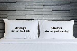 Dettagli su Coppie Always Kiss Me Goodnight Federe Fodera per Cuscino  Camera da Letto