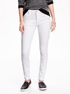 e2abdb949f0 Old Navy Women s White Mid-Rise Rockstar Skinny Jeans Size 18