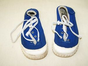 GDR-Kids-Trainers-28-Blue-White-Original-Manufacturing-Made-IN-GDR-Rubber-Sole