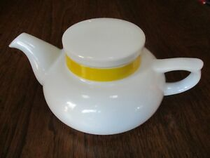 VTG-TOSCANY-034-SOLO-COLLECTION-034-YELLOW-BANDED-WHITE-3-1-4-034-HIGH-SQUAT-TEAPOT-JAPAN