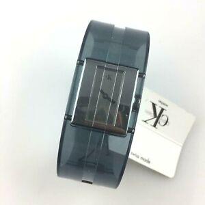 Armbanduhr-Calvin-Klein-Ref-K13223-Quarz-Eta-Swiss-Made-Frau-24MM-Neu-Old-Stock