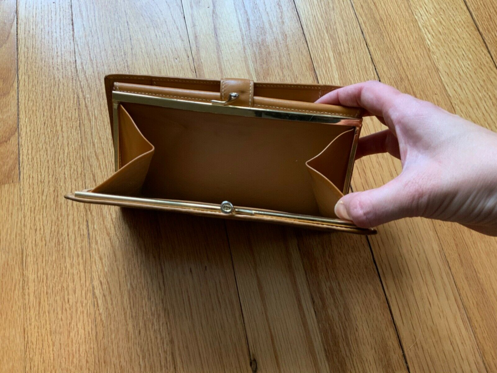 Authentic Vintage Gucci Leather Check Wallet - Cl… - image 4