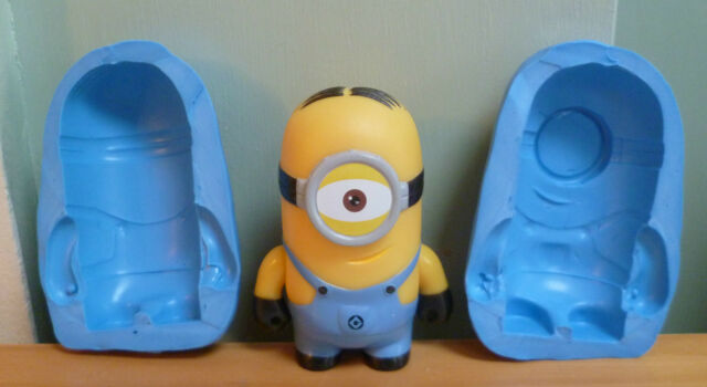 3D MINION SILICONE MOULD FOR CAKE TOPPERS, CHOCOLATE, CLAY ETC
