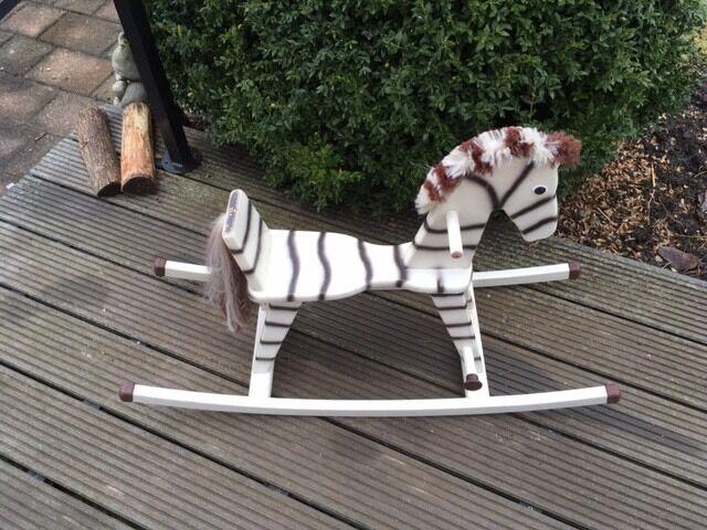 Super süßes Schaukelpferd Zebra Vintage Holzspielzeug