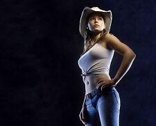 Jessica Biel Unsigned 8x10 Photo (87)