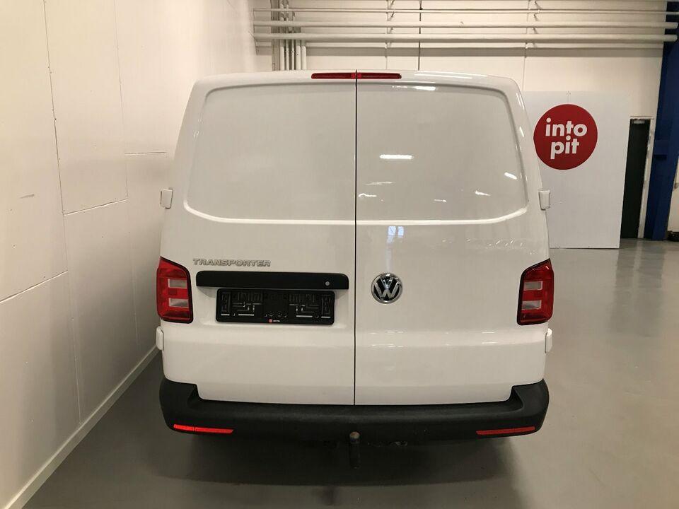 VW Transporter 2,0 TDi 102 Db.Cab m/lad Diesel modelår 2019