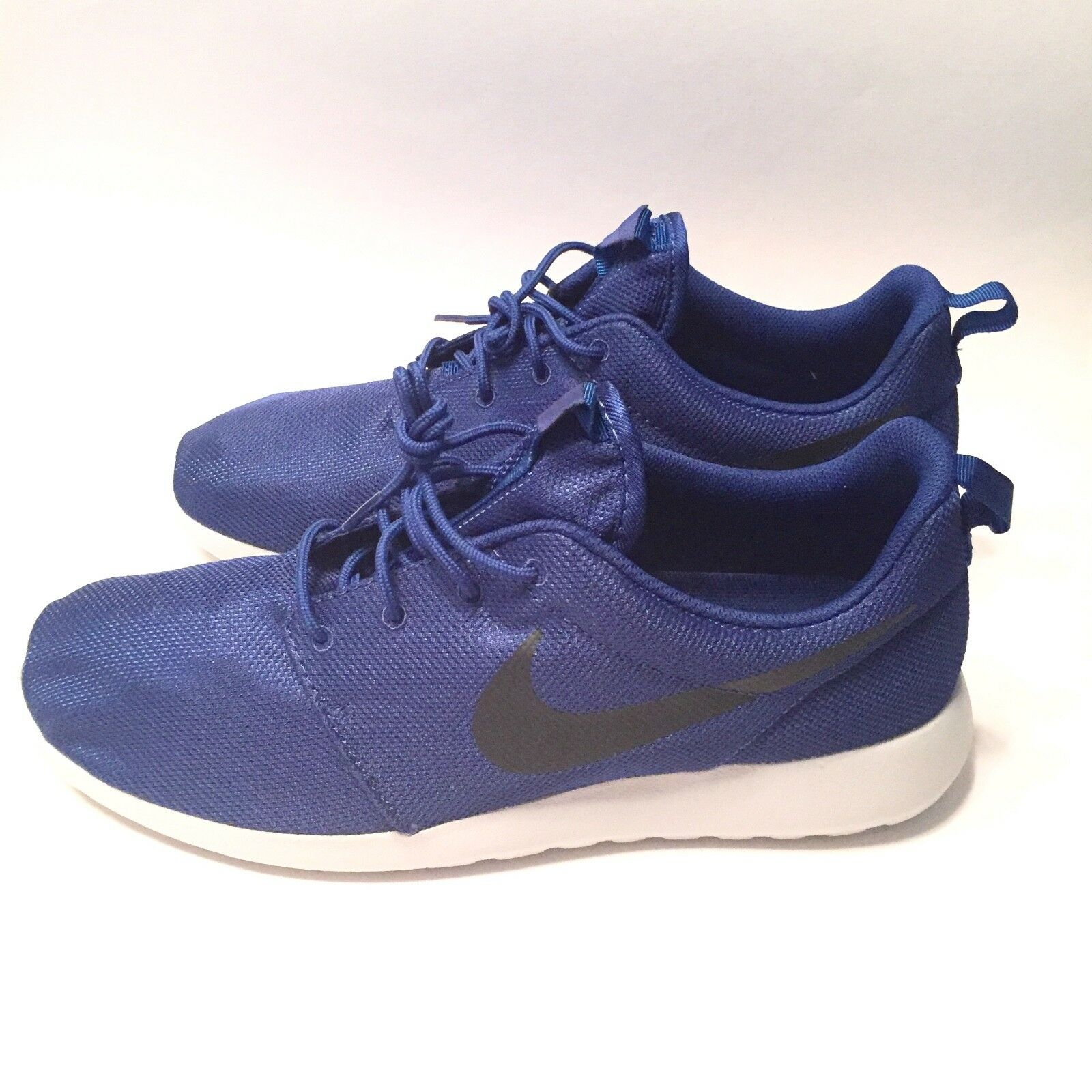 New Nike Roshe One Size 11.5 bluee White Running shoes Sneakers