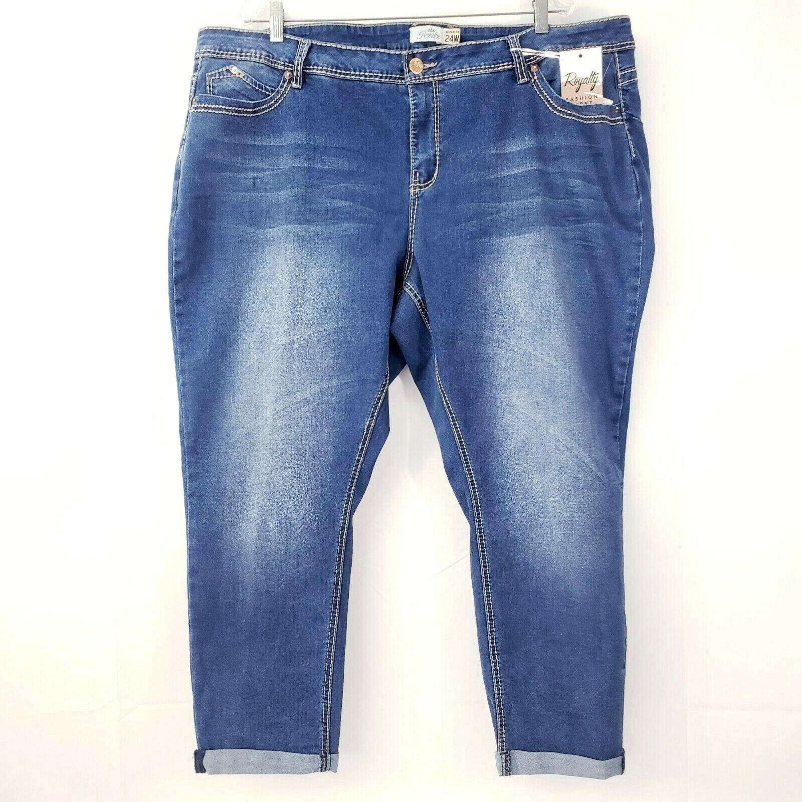 Royalty Women's Capri Jeans Plus Sz 24W Stretch Mid Rise bluee Medium Wash