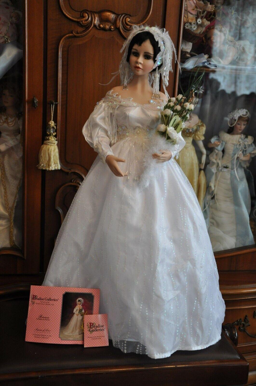 Porcelain doll Weiß by Brigitte von Messner