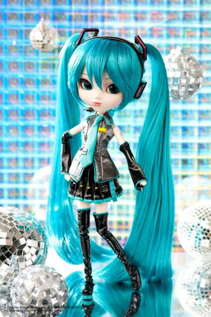 "Pullip Vocaloid Hatsune Miku Groove 12"" fashion doll in USA"