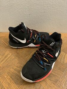 Nike Kyrie 5 Friends GS Size 4 Youth