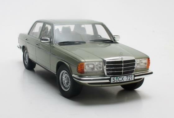 Cult Models CLTL072.1 - Mercedes 280 E W123 argento - 1976  1 18