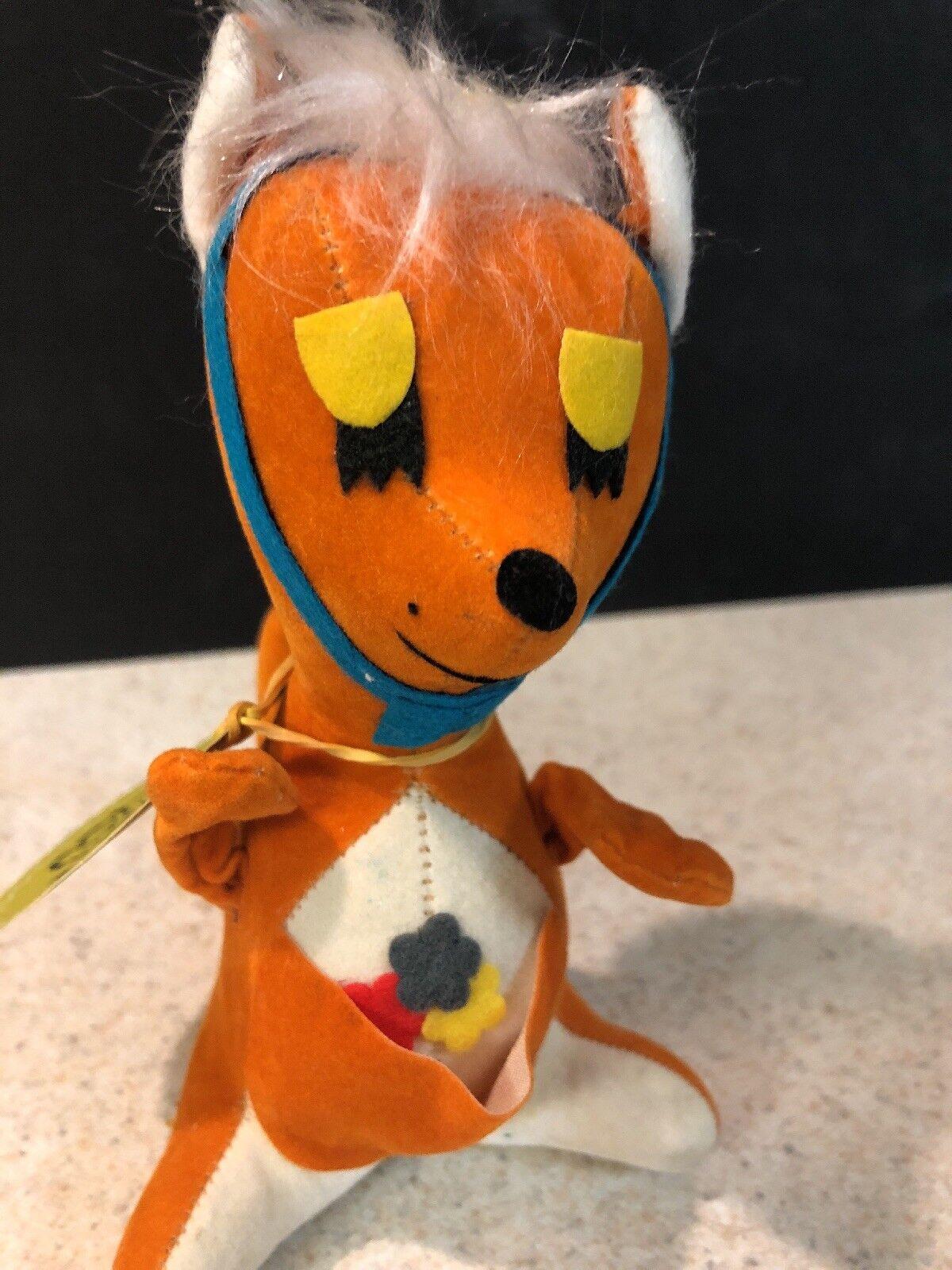 Rare Vintage Cute Critters KANGAROO Stuffed Barker Sawdust Barker Stuffed Greeting Animal Japan 9e3079