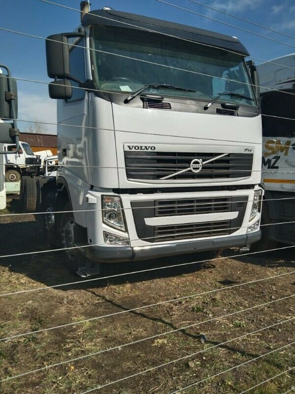 Volvo FH 440 long Chassis. Call 0768372075