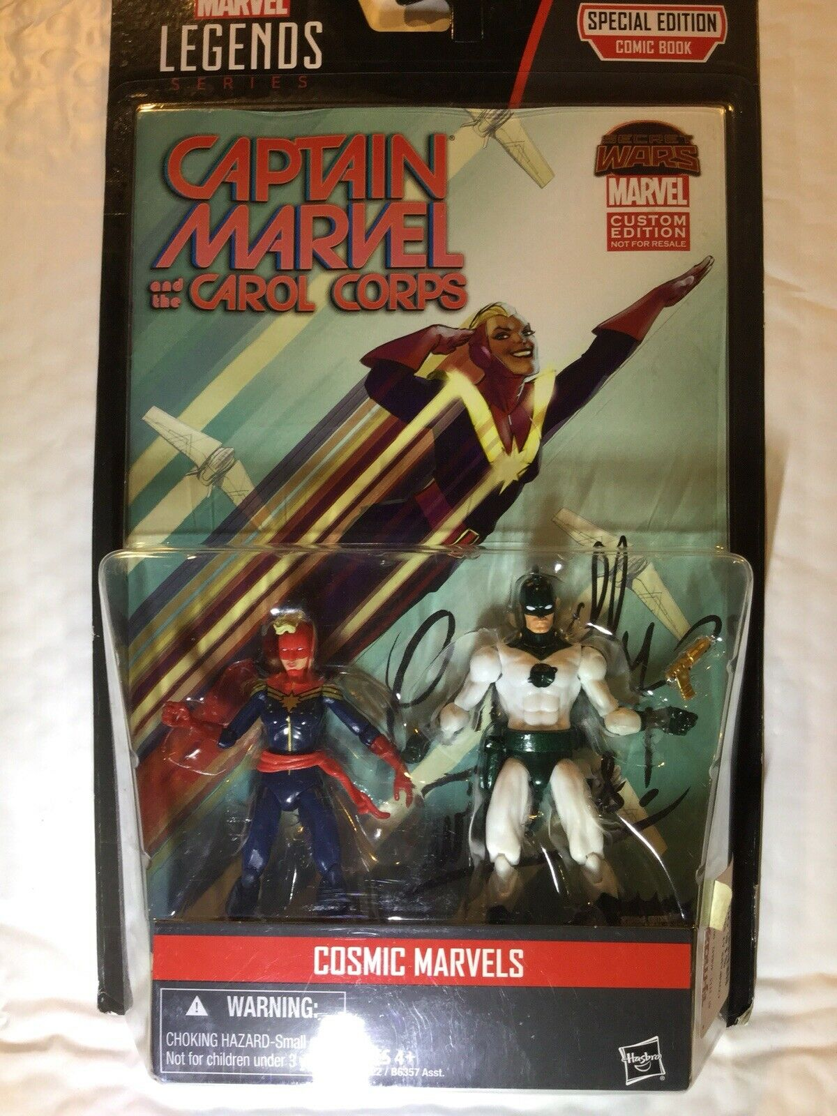 Marvel Universe 3.75 Comic Packs Captain Marvel MOC