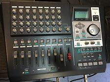 Tascam DP-01FX/CD Multi-Track Digital Recorder w/power adapter ,Clean //ARMENS//