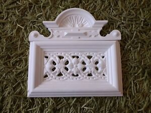 Details about A Unique and Beautiful Victorian Plaster Air Vent Cover     Corbel    Moulding