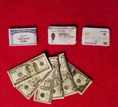 Driver/'s License Money Car key fob for 1//6 scale dolls Barbie//Ken Wallet