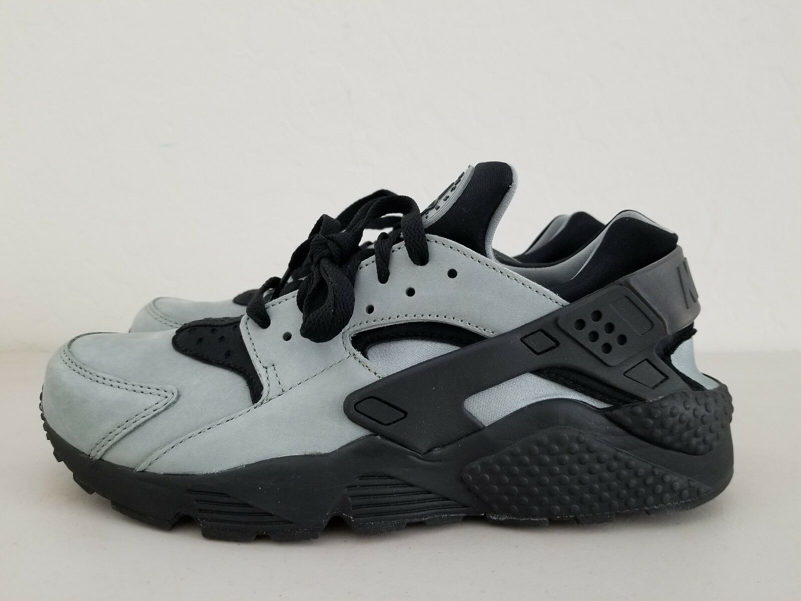 NIKE AIR HUARACHE RUN PRM PREMIUM MICA GREEN-BLACK 704830-301
