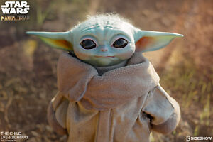 Sideshow-Star-Wars-The-Child-Baby-Yoda-Life-Size-Figure-In-Stock-New